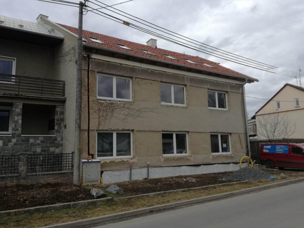 Realizace zateplení fasády RD šedým polystyrenem Olomouc