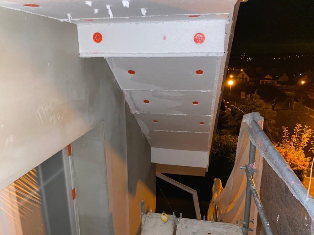 Zateplení podbití střechy