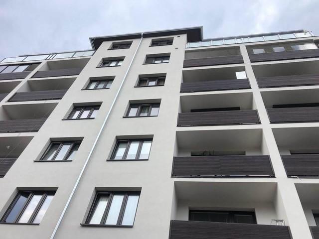 Obrázek 2 pro článek Report z realizace omítkového souvrství BD pomocí systému Ceresit a obnovy balkonů