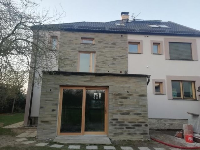Obrázek 2 pro článek Report z realizace zateplení fasády RD šedým polystyrenem a oprava vodorovných konstrukcí