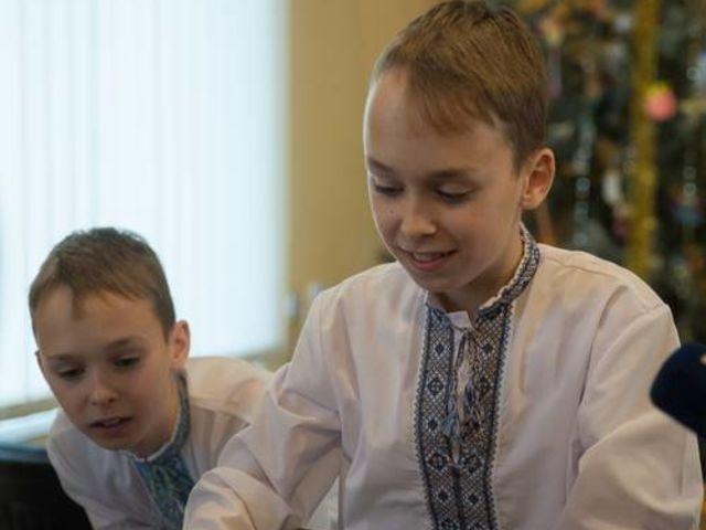 Obrázek 5 pro článek Podpůrný fond ZOFÍK daroval vánoční balíčky na Ukrajině.