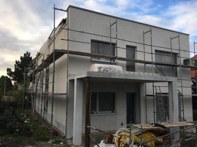 Obrázek 5 pro referenci Zateplení fasády RD šedým polystyrenem Hostavice | STAVBA 181033
