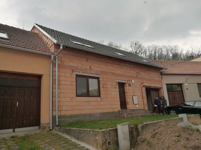 Obrázek 3 pro referenci Paropropustné zateplení fasády RD Neslovice | STAVBA 182019