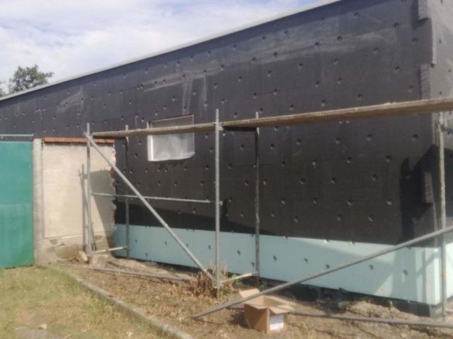 Obrázek 2 pro referenci Zatepleni fasády starého domu šedým polystyrenem Želeč | STAVBA 182026