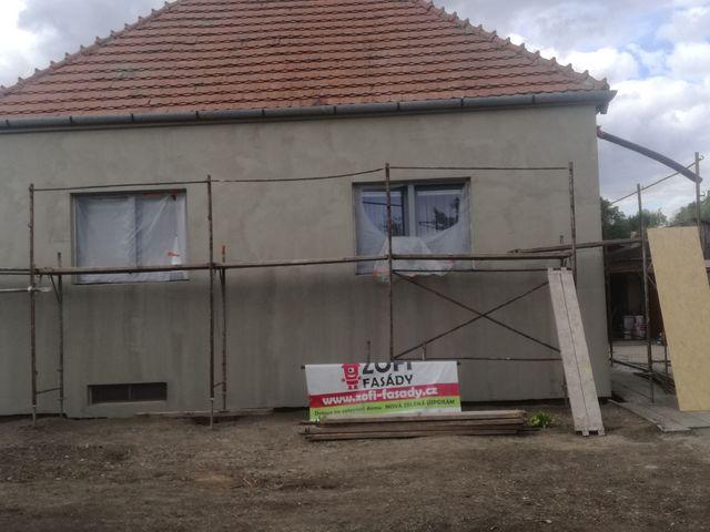Obrázek 4 pro referenci Zatepleni fasády starého domu šedým polystyrenem Želeč | STAVBA 182026