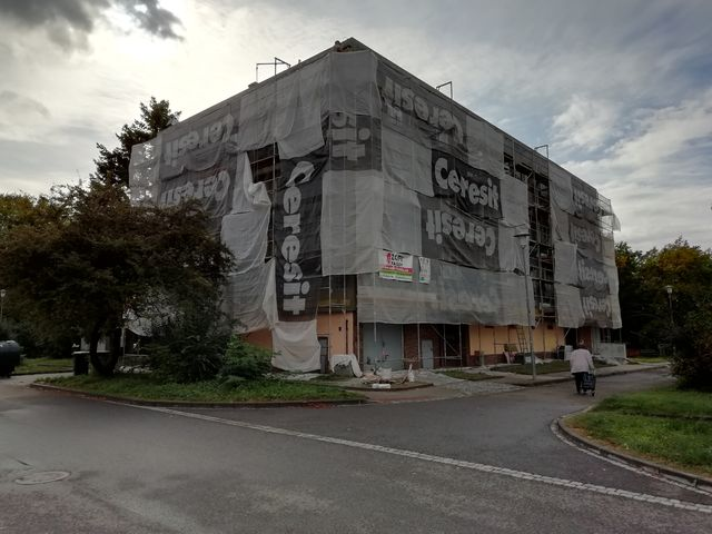 Obrázek 5 pro referenci Zateplení fasády BD šedým polystyrenem Brno | STAVBA 192019