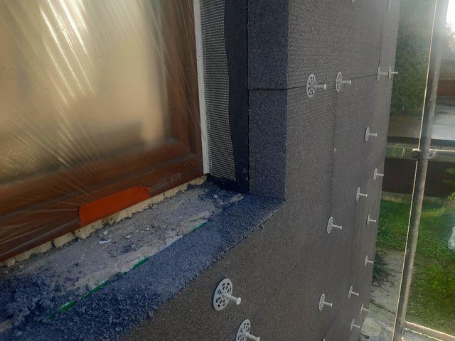 Obrázek 4 pro referenci Realizace zateplení fasády RD šedým polystyrenem Stará Bělá | STAVBA 192037