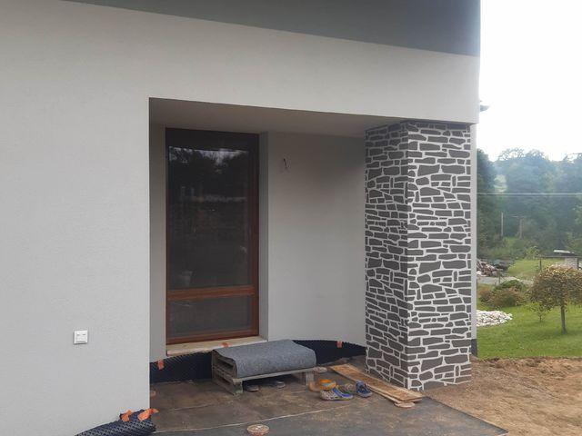 Obrázek 2 pro referenci Realizace zateplení fasády RD šedým polystyrenem Hrabišín | STAVBA 182017