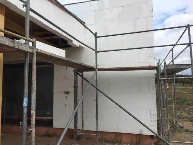 Obrázek 2 pro referenci Realizace zateplení fasády RD bílým polystyrenem Mnichovo Hradiště | STAVBA 181019