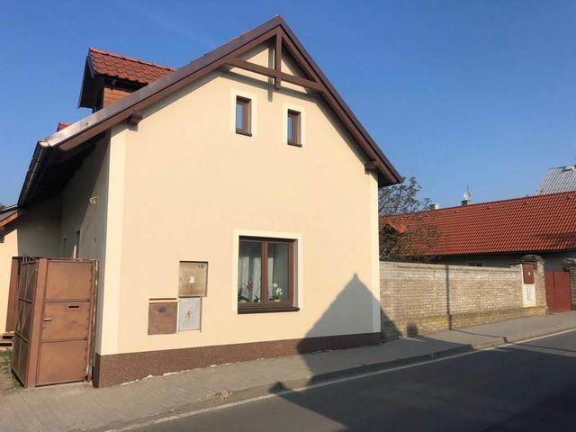 Obrázek 3 pro referenci Realizace zateplení fasády RD šedým polystyrenem Hlasná Třebáň | STAVBA 181038
