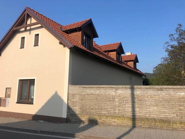 Obrázek 6 pro referenci Realizace zateplení fasády RD šedým polystyrenem Hlasná Třebáň | STAVBA 181038
