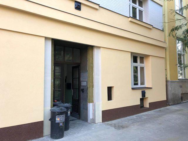 Obrázek 5 pro referenci Realizace zateplení fasády BD minerální vatou Praha- Holešovice | STAVBA 181005