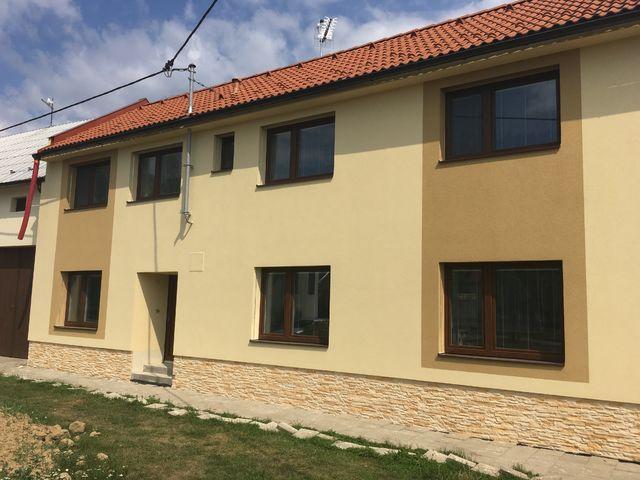 Obrázek 2 pro referenci Paropropustné zateplení fasády RD Miškovice | STAVBA 182015