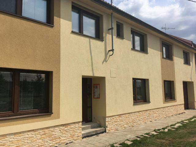 Obrázek 3 pro referenci Paropropustné zateplení fasády RD Miškovice | STAVBA 182015
