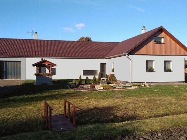 Obrázek 4 pro referenci Grafický návrh fasády rodinného domu v odstínech CERESIT.