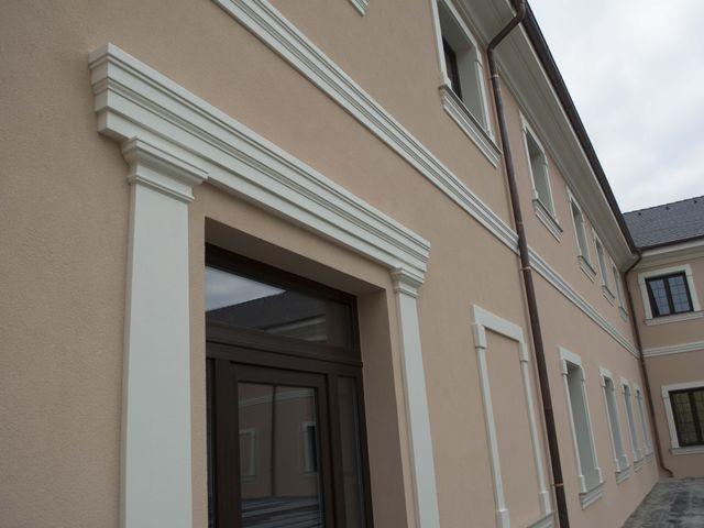 Obrázek 3 pro referenci Zateplení fasády CHATEAU ŠANOV + instalace dekorativních prvků | STAVBA 181008