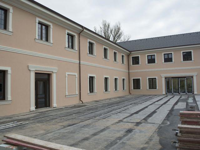 Obrázek 5 pro referenci Zateplení fasády CHATEAU ŠANOV + instalace dekorativních prvků | STAVBA 181008