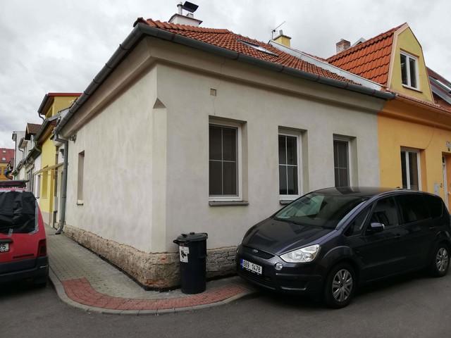 Obrázek 2 pro referenci Grafický návrh fasády rodinného domu v zelených odstínech