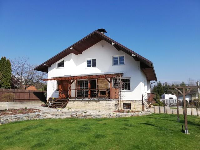 Obrázek 3 pro referenci Grafický návrh fasády rodinného domu, kombinace hnědých odstínů