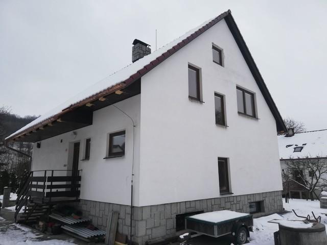 Obrázek 2 pro referenci Grafický návrh fasády rodinného domu v hnědém odstínu CERESIT