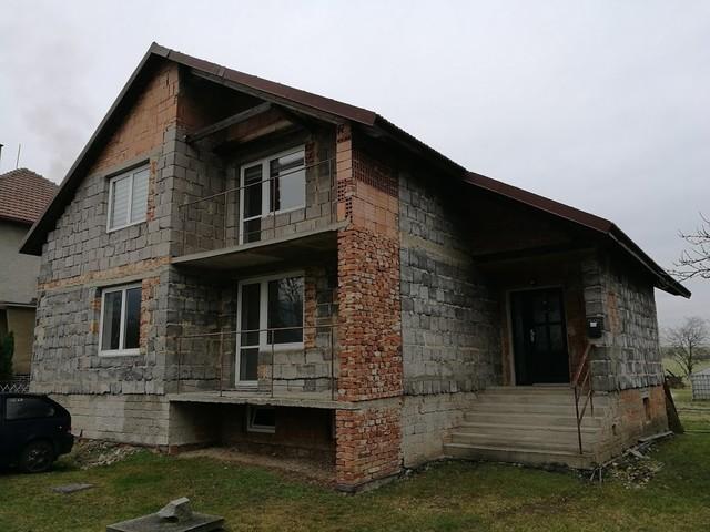 Obrázek 2 pro referenci Grafický návrh fasády rodinného domu v odstínech CERESIT