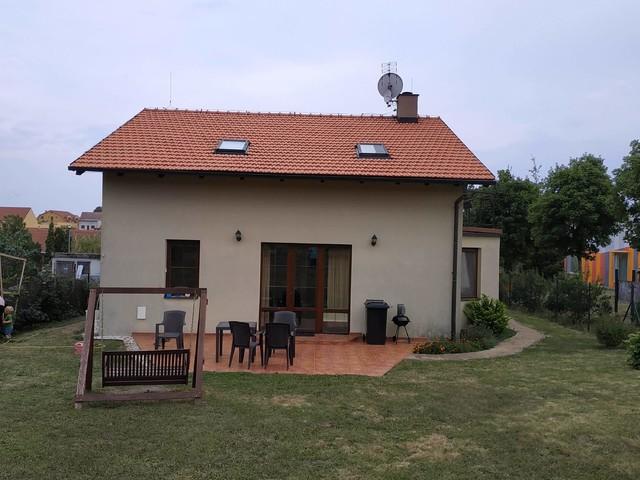 Obrázek 5 pro referenci Grafický návrh fasády rodinného domu v hnědých odstínech CERESIT