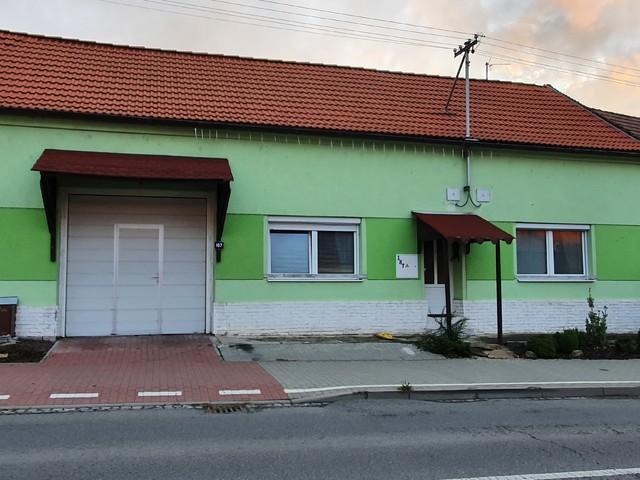 Obrázek 2 pro referenci Grafický návrh fasády RD s betonovým obkladem STEGU