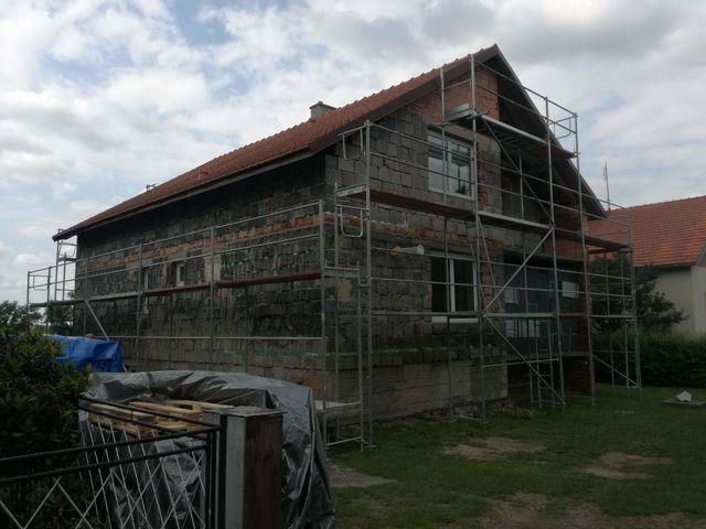 Obrázek 2 pro referenci Zateplení fasády RD šedým polystyrenem Podhradní Lhota | STAVBA 182008