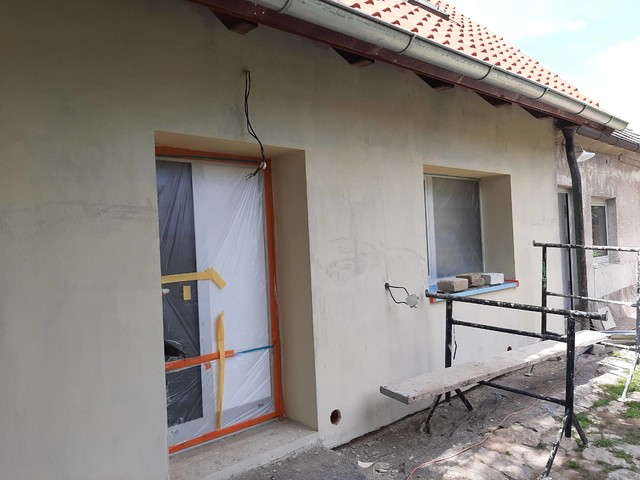 Obrázek 2 pro referenci Realizace zateplení RD Baumit fasádní vatou Dobříč | STAVBA 201014