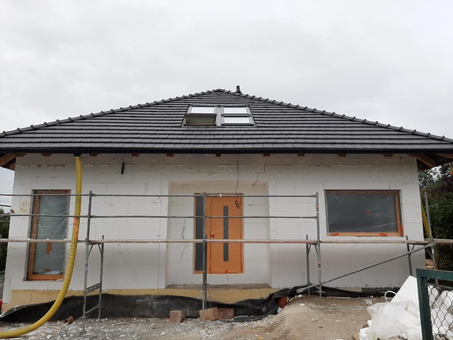 Obrázek 2 pro referenci Realizace zateplení RD polystyrenem a obkladem Lety u Dobřichovic | STAVBA 201027