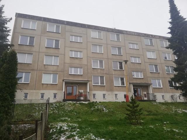 Obrázek 4 pro referenci Rekonstrukce a zateplení bytového domu šedým EPS Libina | STAVBA 202009
