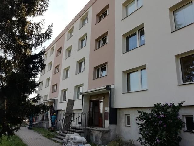 Obrázek 6 pro referenci Rekonstrukce a zateplení bytového domu šedým EPS Libina | STAVBA 202009