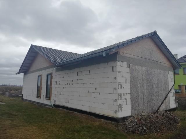 Obrázek 5 pro referenci Zateplení fasády RD bílým polystyrenem Rymice |  STAVBA 202012