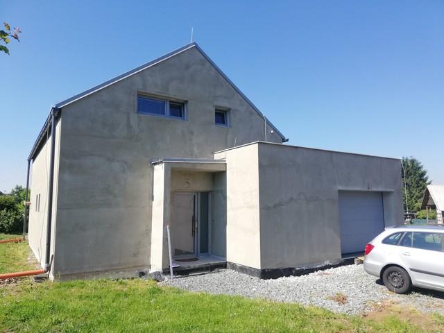 Obrázek 3 pro referenci Realizace finální omítky fasády RD Nový Malín   STAVBA 202004