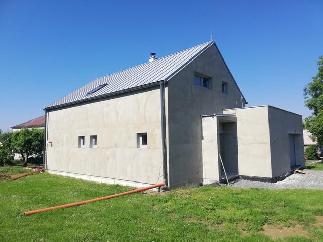 Obrázek 6 pro referenci Realizace finální omítky fasády RD Nový Malín   STAVBA 202004