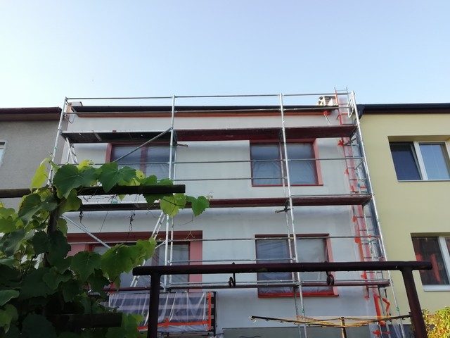 Obrázek 5 pro referenci Zateplení fasády RD šedým polystyrenem Lipník nad Bečvou | STAVBA 202018