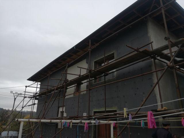 Obrázek 4 pro referenci Zateplení fasády RD šedým polystyrénem s obkladovým páskem Zubří | STAVBA 172017