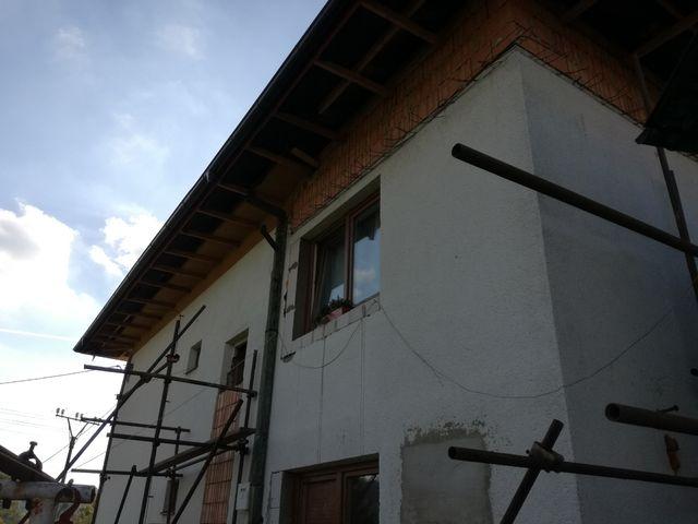Obrázek 5 pro referenci Zateplení fasády RD šedým polystyrénem s obkladovým páskem Zubří | STAVBA 172017
