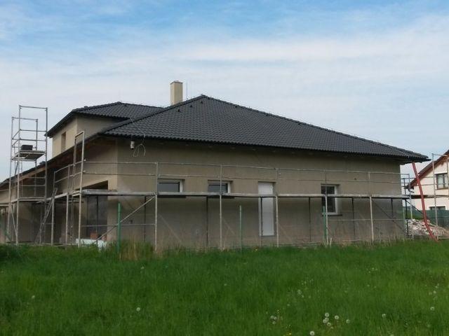 Obrázek 1 pro referenci Zateplení fasády RD fasádním polystyrenem Praha Veleň | STAVBA 16004