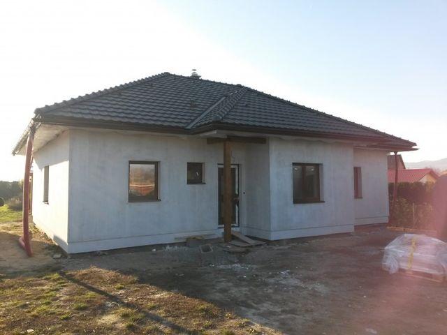 Obrázek 1 pro referenci Zateplení fasády RD bílým polystyrenem Dolní Studénky | STAVBA 15026