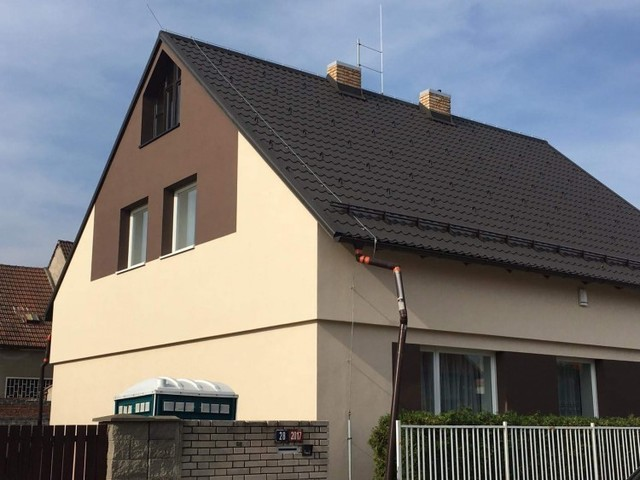 Obrázek 1 pro referenci Zateplení fasády RD šedým polystyrenem Kladno | STAVBA 181020