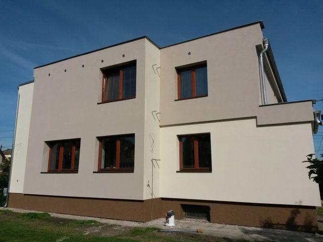 Obrázek 1 pro referenci Zateplení  fasády RD šedým polystyrenem Brandýs nad Labem 15001