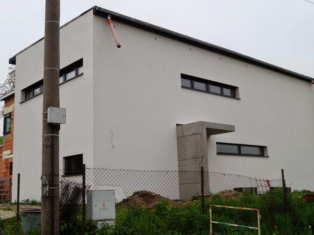 Obrázek 1 pro referenci Zateplení fasády RD polystyrenem Hněvošice | STAVBA 7001