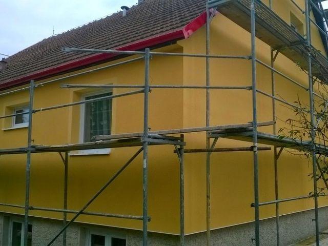 Obrázek 1 pro referenci Zateplení fasády RD šedým polystyrenem Černošice, Praha   STAVBA 7008