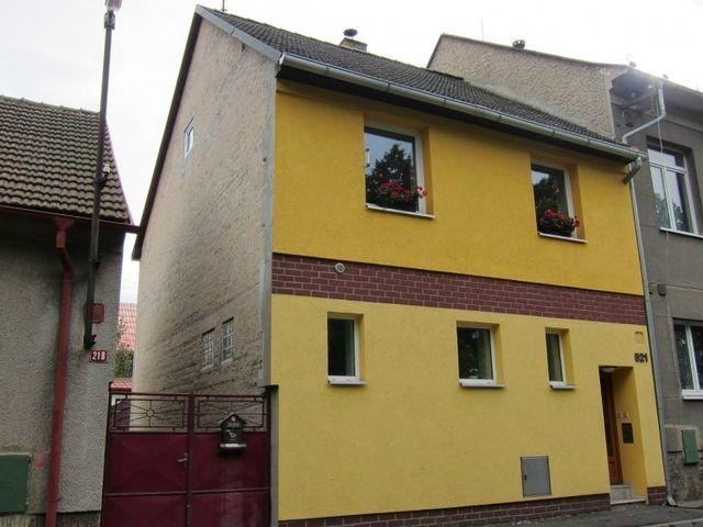 Obrázek 1 pro referenci Zateplení fasády RD šedým polystyrenem Libušín u Kladna | STAVBA 7032