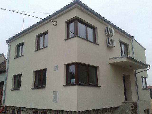 Obrázek 1 pro referenci Zateplení fasády RD šedým polystyrenem Pozořice | 6010
