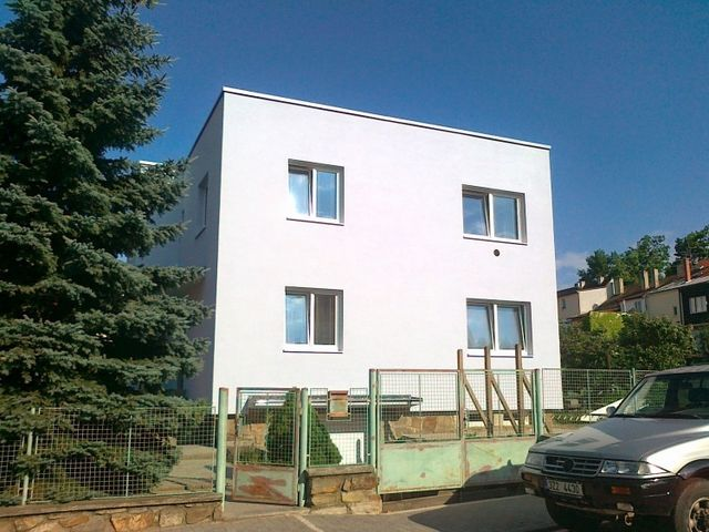 Obrázek 1 pro referenci Zateplení fasády RD šedým polystyrenem Znojmo | STAVBA 6006