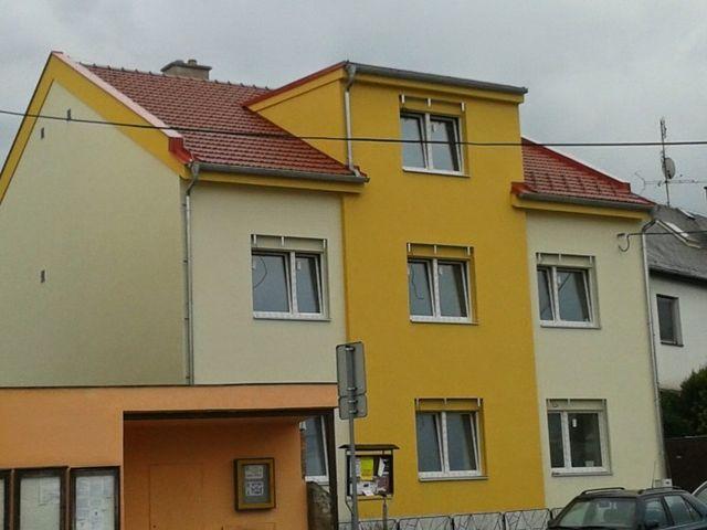 Obrázek 1 pro referenci Zateplení fasády BD šedým polystyrenem Dolany, Olomouc | STAVBA 6001