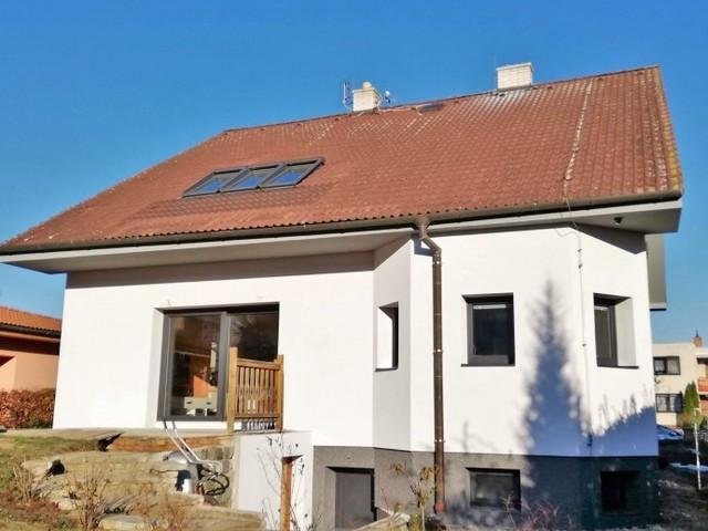 Obrázek 1 pro referenci Zateplení fasády RD šedým polystyrenem Rajhrad | STAVBA 182018