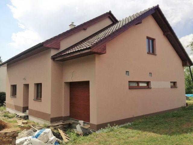 Obrázek 1 pro referenci Zateplení fasády novostavby RD šedým polystyrenem Hranice na Moravě | STAVBA 182012